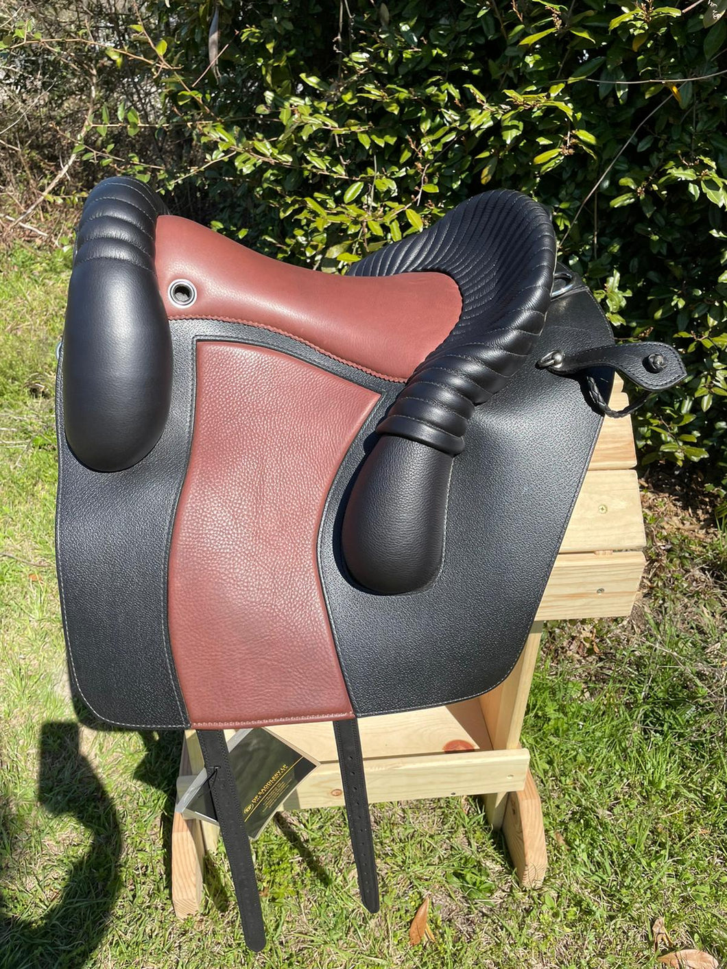 DP Saddlery Jerez SKL 4513