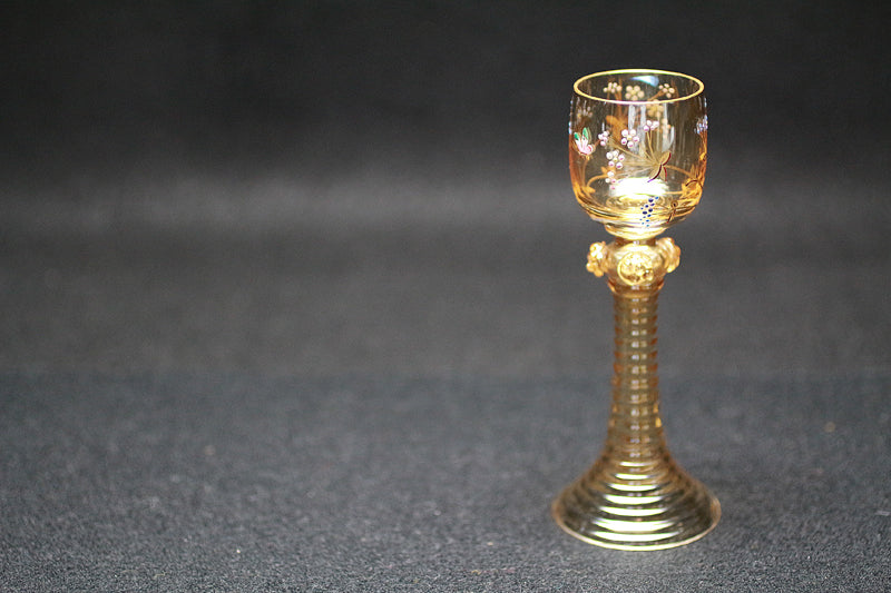22942 19th century (Flower butterfly picture liqueur glass)