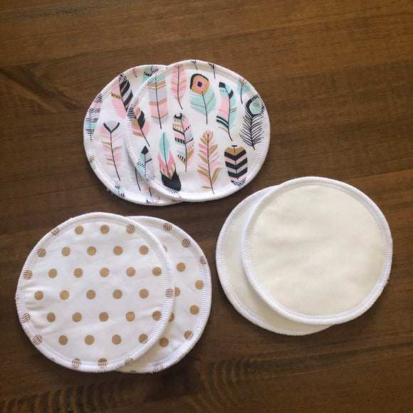 Set of 3 ultra-soft breast pads- Gold Dots/Feathers/white