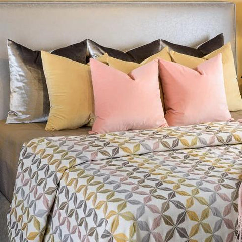Primrose King/Cal King Coverlet Set - K&R Interiors