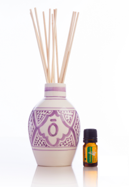dōTERRA Moroccan Reed Diffuser & 5mL Holiday Peace