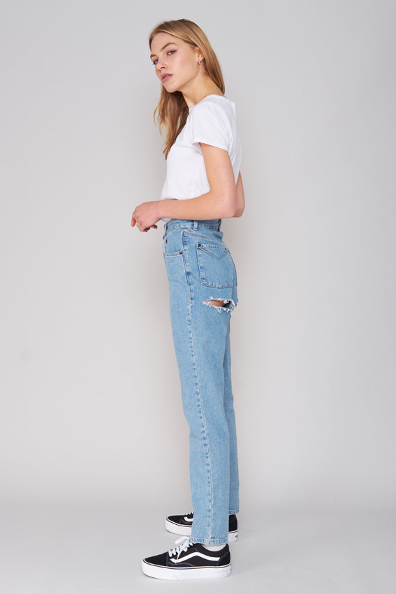 DOUBLE BUTT CUT JEAN - LIGHT BLUE
