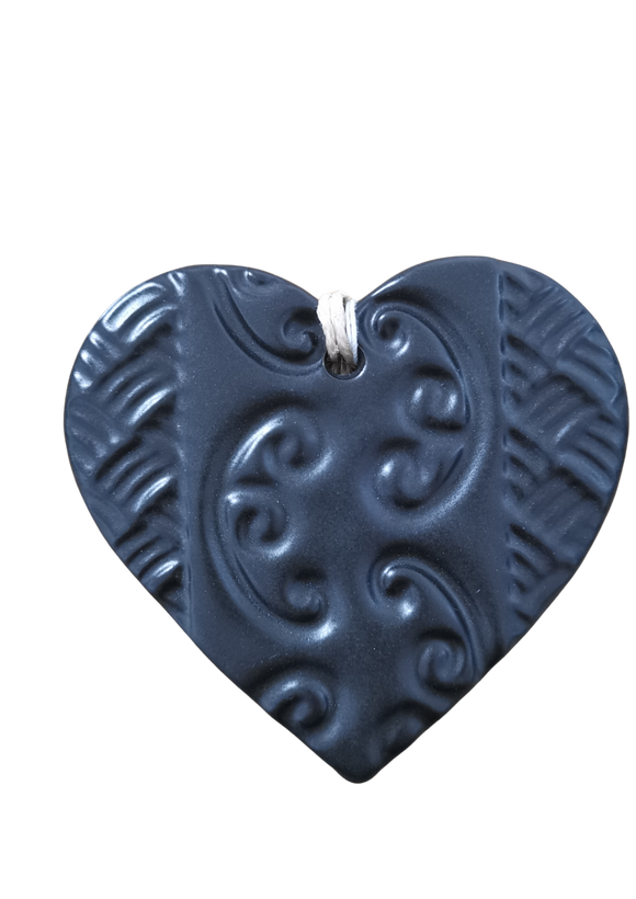 Ceramic swing heart