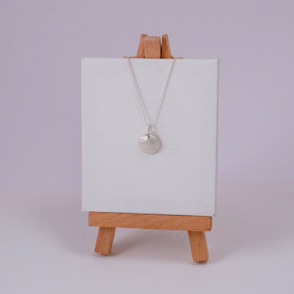 Tiny Clam Necklace - Katerina Roukouna