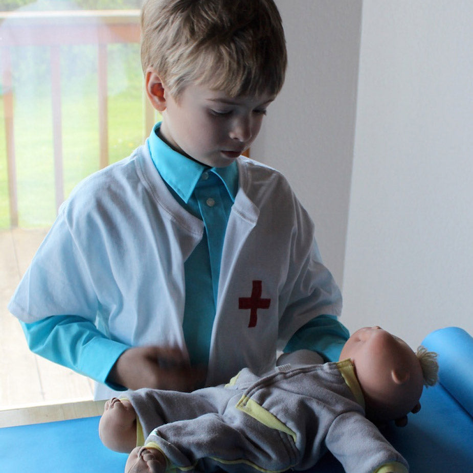Easy DIY Doctor Lab Coat for kids