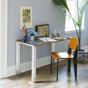 Forest Essential Desk Chassie