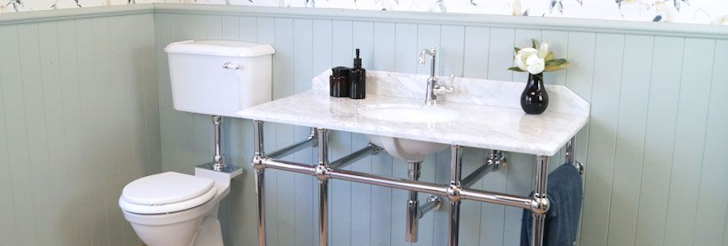 How to incorporate a Washstand in your bathroom