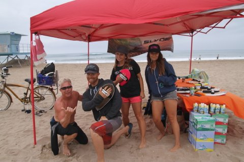 Huntington beach cleanup slyde team