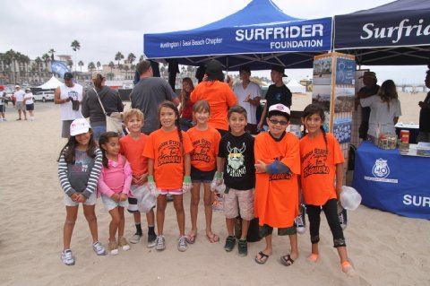 slyde handboards beach cleanup surfrider event in Huntington bbeach