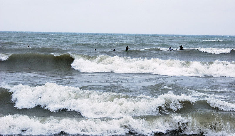 Surfed Lake Ontario Toronto in 12Foot Swell, 50 MPH