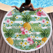 Get comfortable on this round colourful towel which can help you host a lovely picnic, enjoy the sun or let you do some yoga ♥