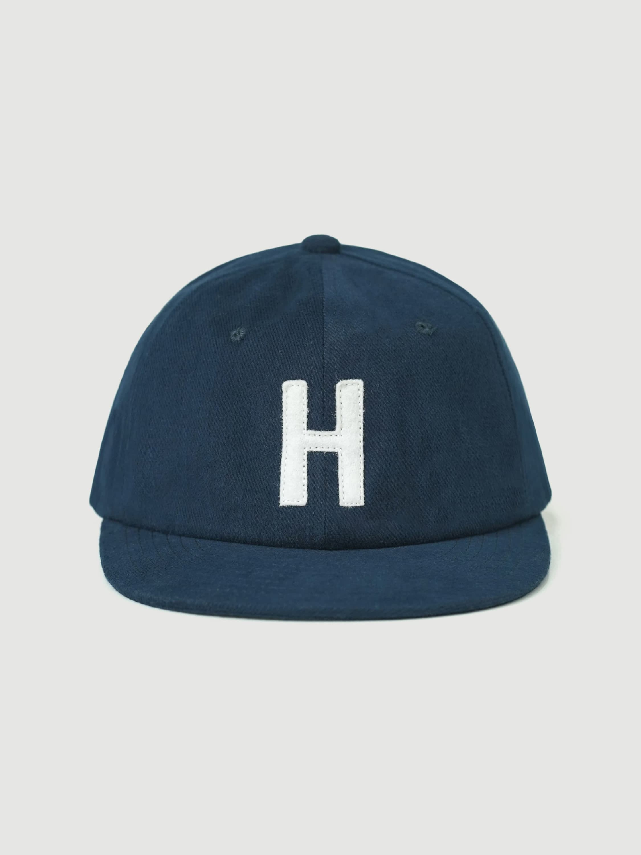 Washed Navy Caps