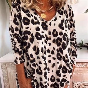 Loose Leopard V-Neck Long Sleeve Tee