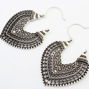 Iztzo Vintage Hollow-Out Earrings