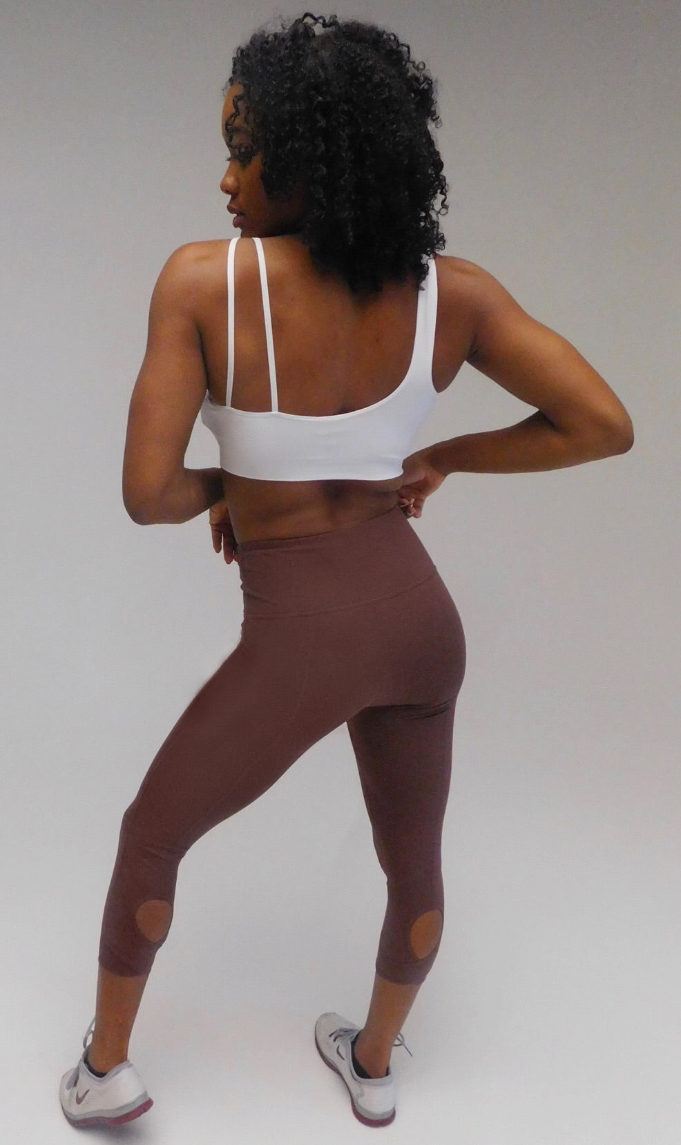 Peep Capri Yoga Tights