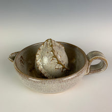 Load image into Gallery viewer, Pottery Citrus juicer, thrown on the wheel in red clay, glazed in speckle white.