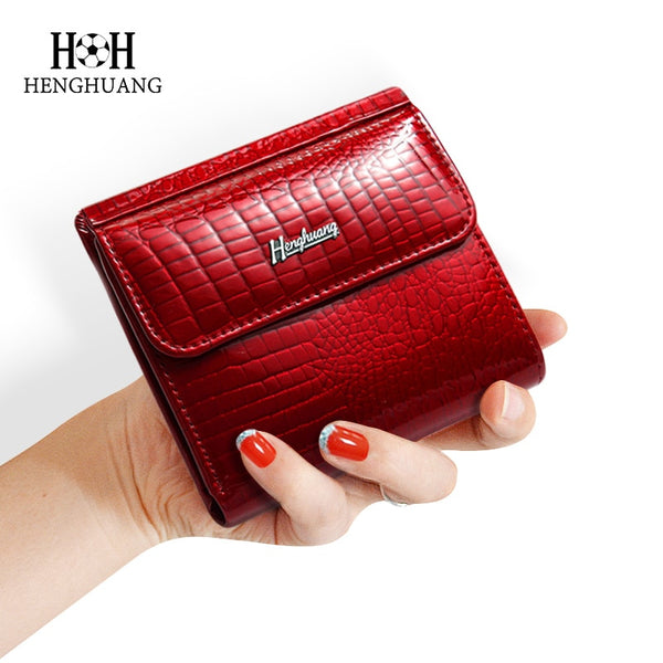 HH™ Slim Genuine LeatherShort Clutch Purse