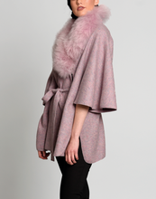 Load image into Gallery viewer, Women Fur Bella Baby Alpaca Cape