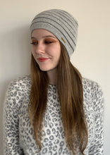Load image into Gallery viewer, Women Sacred Valley Grey Baby Alpaca Hat