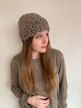 Load image into Gallery viewer, Women Brown Wormy Baby Alpaca Hat