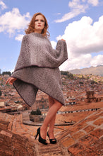 Load image into Gallery viewer, Women Rina Alpaca Cape