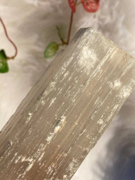 Selenite 146gm