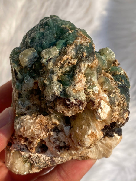 Heulandite Green 394gm