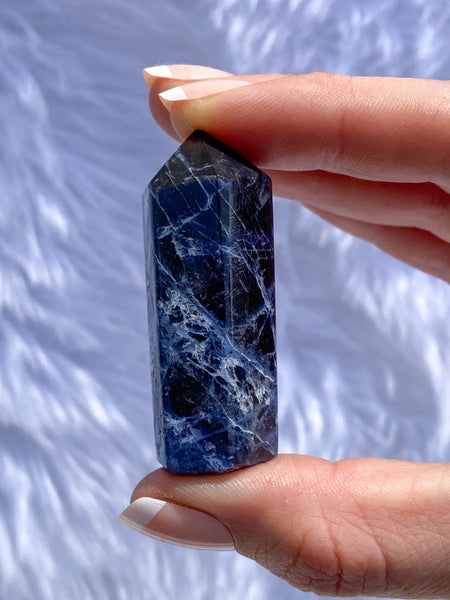 Sodalite Polished Point 37g