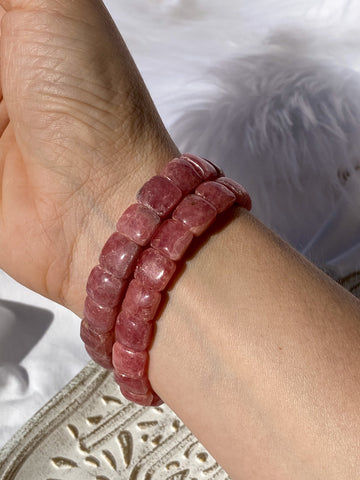 Rhodochrosite Medium Rounded Bracelet
