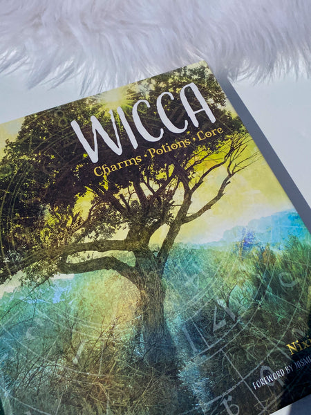 Wicca Book - Charms, Potions and Lore