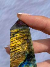 Load image into Gallery viewer, Labradorite Obelisk 162g