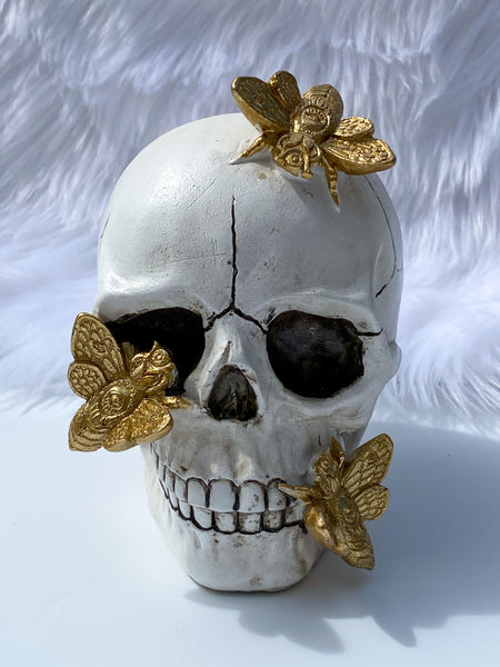 Mystical Skull with Golden Bees 418g