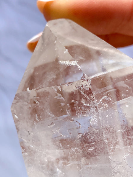 Clear Quartz Point with Record Keeper 262g