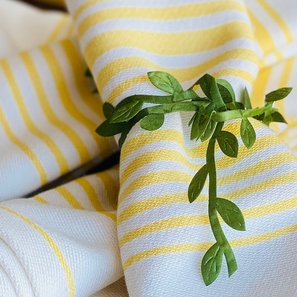 NEW! Limoncello Striped Dinner Napkins Set of 4
