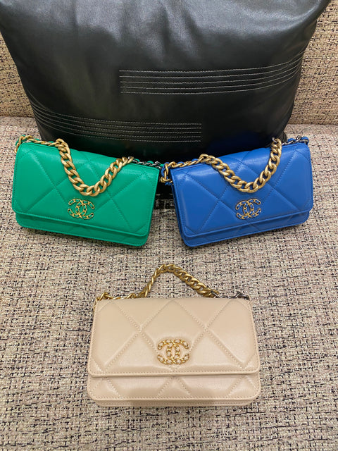 SS2020 Chanel 19 WOC bags