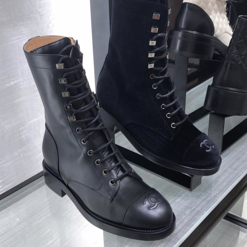 CHANEL Pre-Fall 2020 black leather high  lace up boots