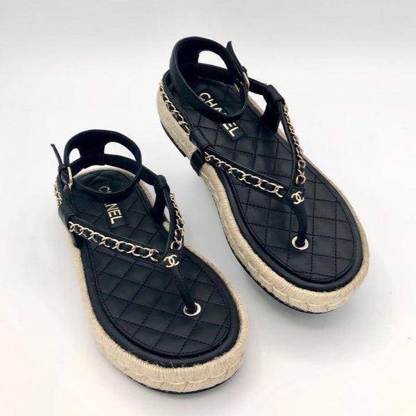 CHANEL black sandals Cruise 2021