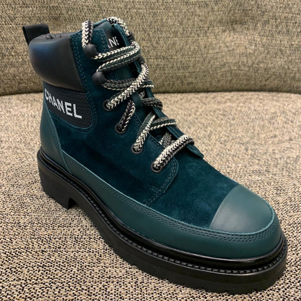 CHANEL suede green lace-up boots