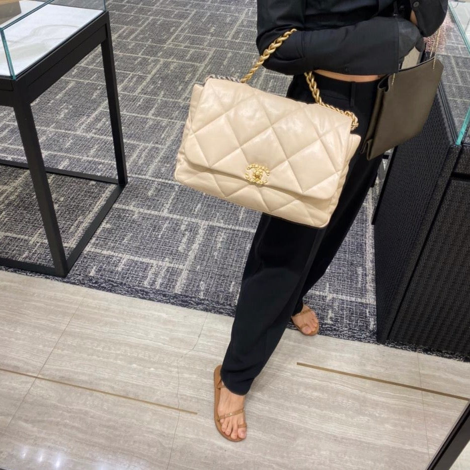 Chanel 19 maxi beige leather flap bag SS2020