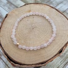 Load image into Gallery viewer, Delicate Rose Quartz and Gold Bracelet