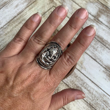 Load image into Gallery viewer, Ganesha Silver Ring