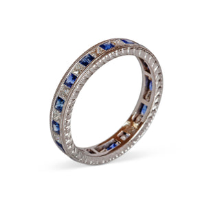 18KT SAPPHIRE AND DIAMOND BAND RING