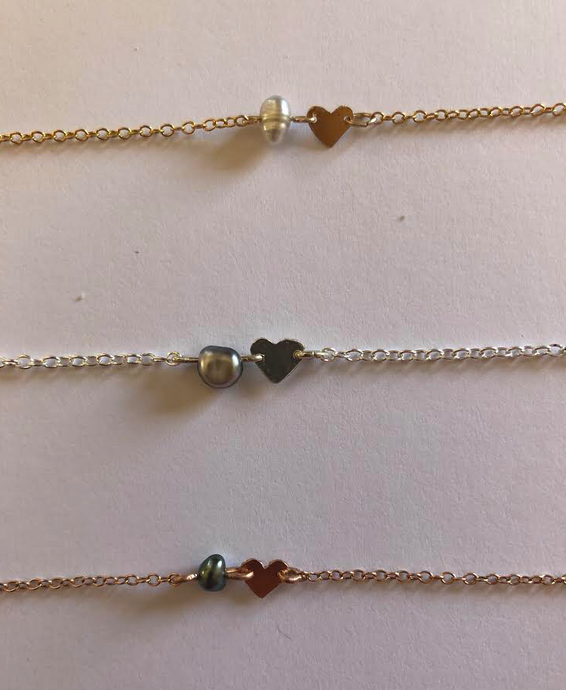 HEART AND KESHI PEARL CHOKER