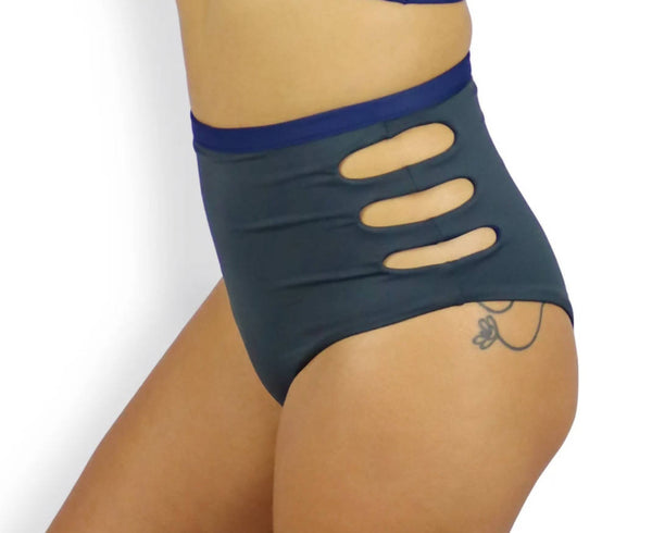 Reversible Side Slashed Bikini Bottoms