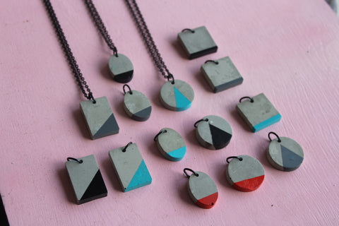 Necklace Wood/Concrete/Denim