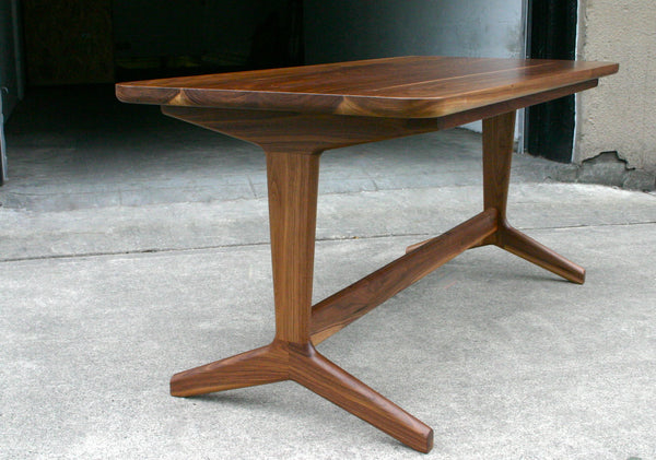 Rian Table