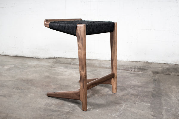 Rian Cantilever Bar Stool