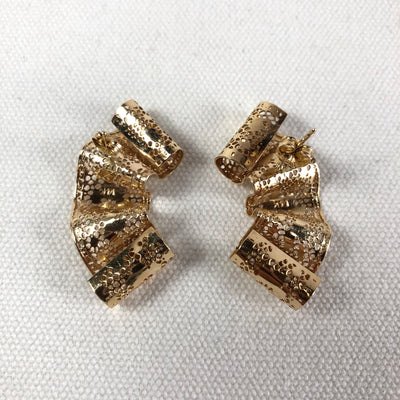 Lacy 14k Gold Ribbon Earrings