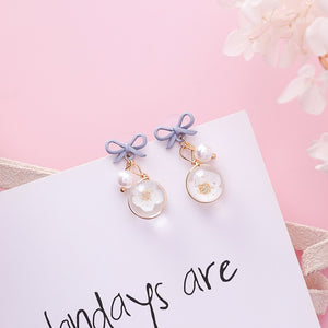 C-1275 Bow Pearl Flower Wild Earrings