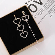 Load image into Gallery viewer, C-1205 Hollow Diamond Heart Dangling Earrings